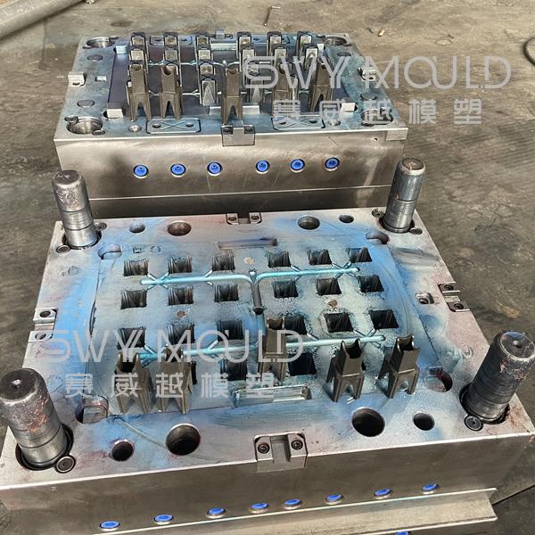 Пластиковая форма для опоры арматуры промышленного H-стула