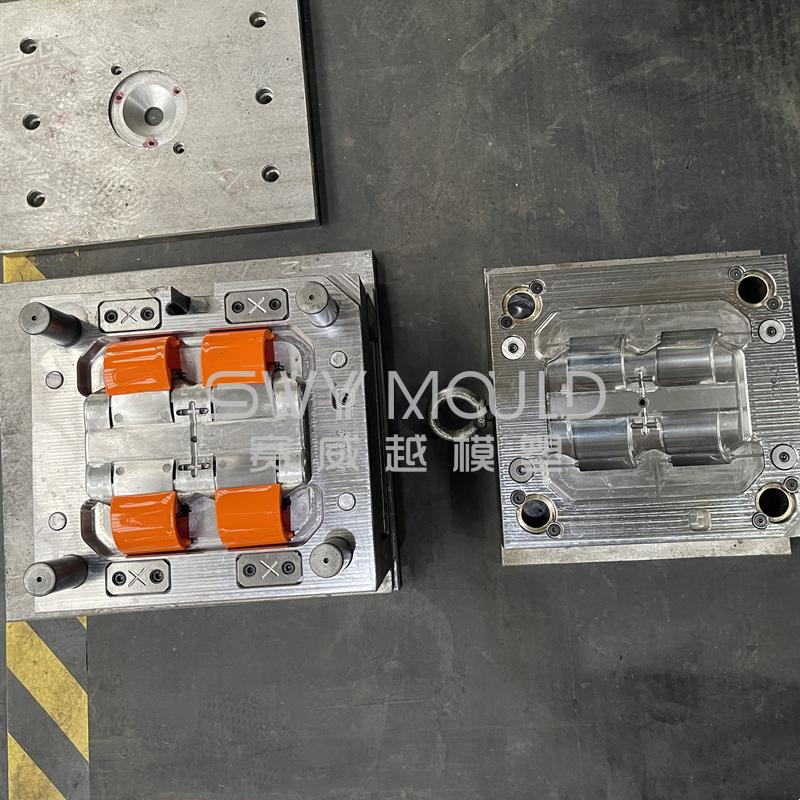 Пластиковая форма для инъекций кнопки блокировки корзины для пикника
